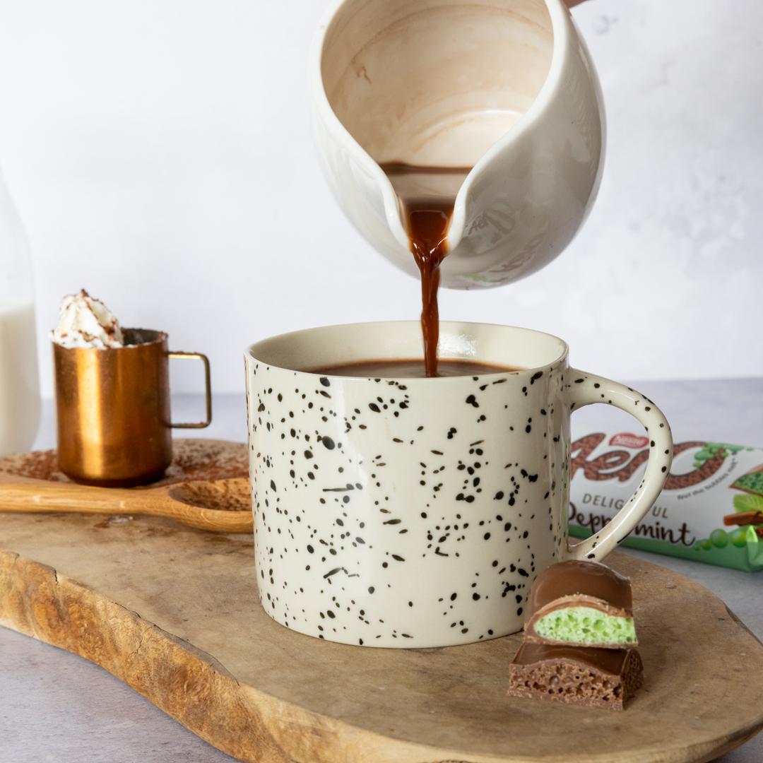 AERO Bubbly Hot Chocolate